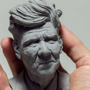 "photo de la sculpture ""David Lynch"" l'original réaliser par l'artiste Teddy Ros en pâte polymère"