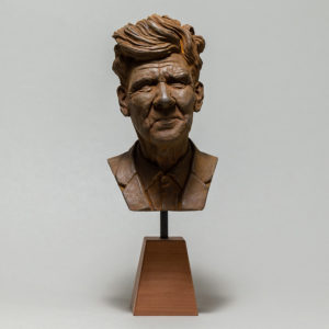 "photo de la sculpture ""David Lynch"" patine oxydation forte réaliser par l'artiste Teddy Ros en patte polymère"