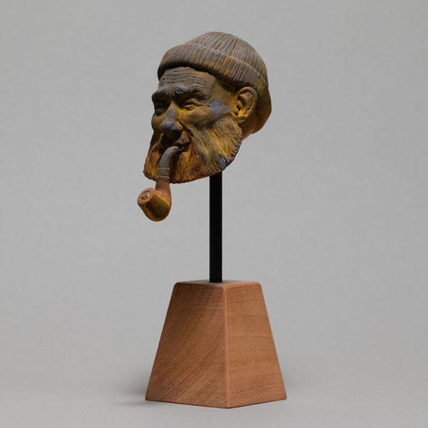 """photo de la sculpture """"le pêcheur"""" 2018 résine polyuréthane patine oxydation douce, réaliser et sculpter par l'artiste Teddy Ros en pâte polymère"""