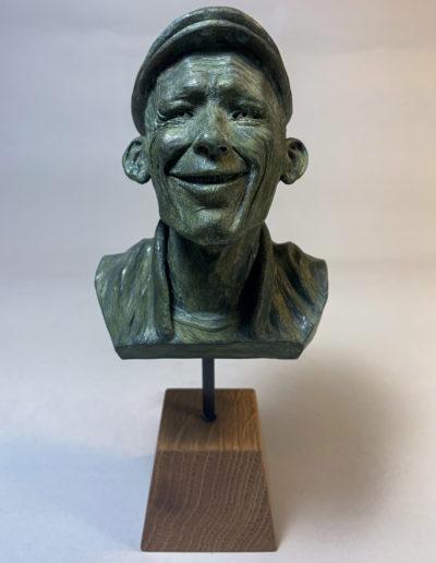 """mr smile"" 2018 tirage résine polyuréthane patine or vert"